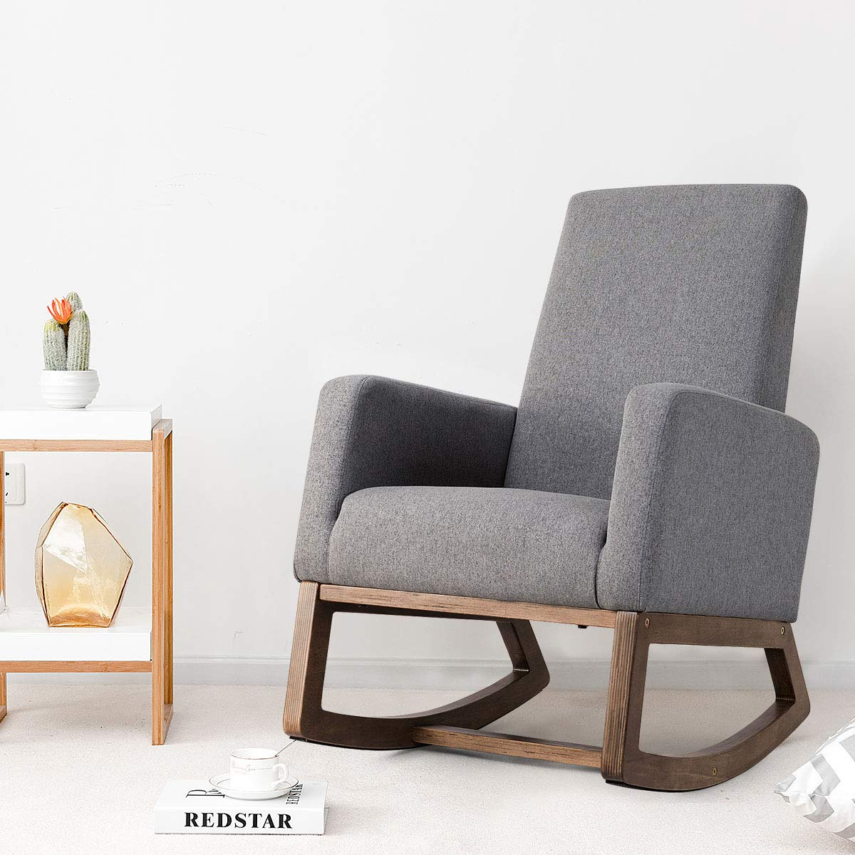 The most comfortable and modern nursery chairs you need in 2019